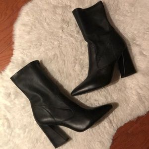 Kenneth Cole black leather skinny block heel boots